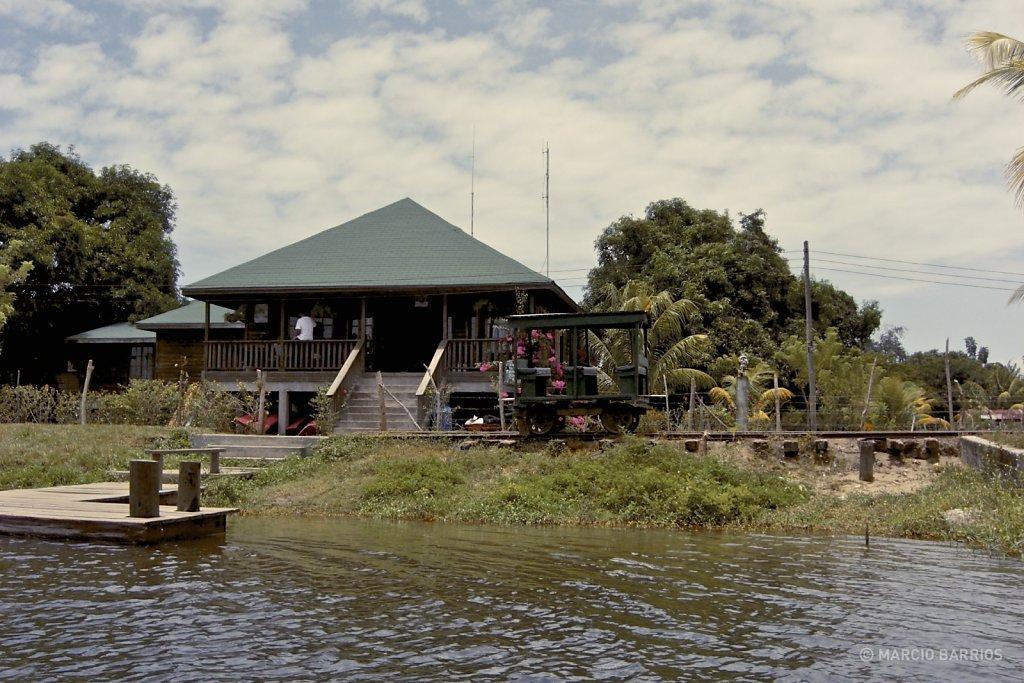 Main building of the Wildlife Refuge of Cuero y Salado